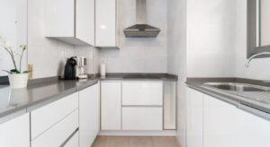 Продажа квартиры в провинции Costa Blanca South, Испания: 2 спальни, № RV2738BE – фото 8