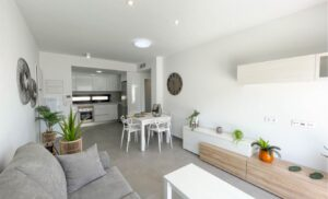 Продажа квартиры в провинции Costa Blanca Sur, Испания: 2 спальни, 87 м2, № RV3627BE – фото 1