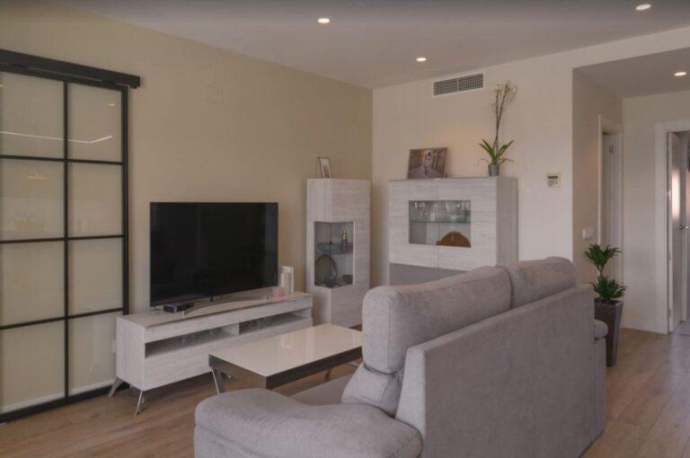 RV3463QU : Отремонтированная квартира с гаражом в Аликанте