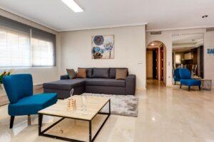 Продажа квартиры в провинции Costa Blanca South, Испания: 79 м2, № RV2572GL – фото 2