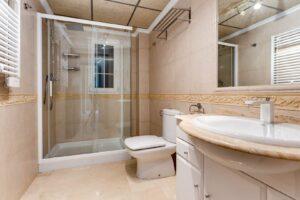 Продажа квартиры в провинции Costa Blanca South, Испания: 79 м2, № RV2572GL – фото 11