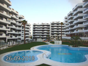 Продажа квартиры в провинции Costa Blanca South, Испания: 2 спальни, 90 м2, № NC5556TM – фото 2