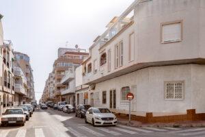Продажа квартиры в провинции Costa Blanca South, Испания: 2 спальни, 80 м2, № RV0045GL – фото 1