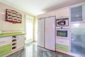 Продажа виллы в провинции Costa Blanca South, Испания: 4 спальни, 200 м2, № RV1805SH – фото 2