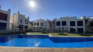 Продажа бунгало в провинции Costa Blanca South, Испания: 3 спальни, 78 м2, № RV3456MK – фото 4