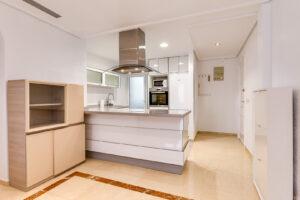 Продажа квартиры в провинции Costa Blanca South, Испания: 2 спальни, 66 м2, № RV0897GL – фото 12