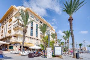 Продажа квартиры в провинции Costa Blanca South, Испания: 2 спальни, 66 м2, № RV0897GL – фото 1