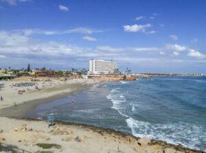 Продажа квартиры в провинции Costa Blanca South, Испания: 2 спальни, 90 м2, № RV1123UR – фото 2