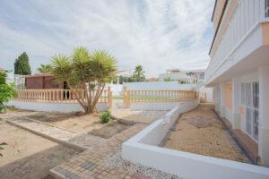 Продажа виллы в провинции Costa Blanca South, Испания: 6 спален, 450 м2, № RV2818EF – фото 36