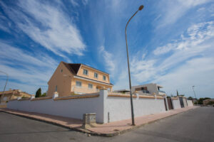 Продажа виллы в провинции Costa Blanca South, Испания: 6 спален, 450 м2, № RV2818EF – фото 51