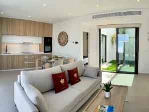 Продажа виллы в провинции Costa Blanca South, Испания: 3 спальни, 90 м2, № NC2133EF – фото 6