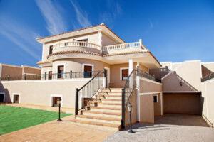 Продажа виллы в провинции Costa Blanca South, Испания: 3 спальни, 335 м2, № NC2463CE – фото 1