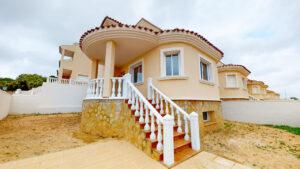 Продажа таунхаус в провинции Costa Blanca South, Испания: 3 спальни, 120 м2, № NC2875SF – фото 1