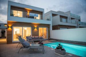 Продажа виллы в провинции Costa Blanca South, Испания: 3 спальни, 114 м2, № NC3681RP – фото 1