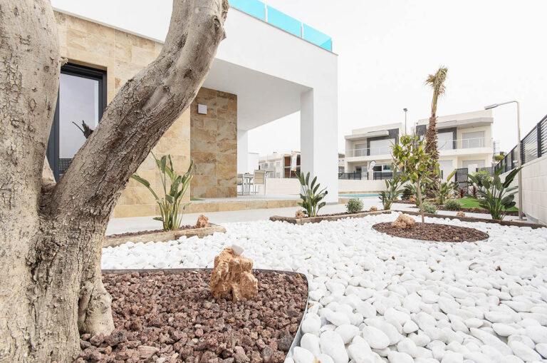 NC4543SU : Замечательные новые виллы в Бенихофаре