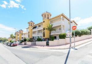 Продажа бунгало в провинции Costa Blanca South, Испания: 2 спальни, № RV4623SU – фото 18