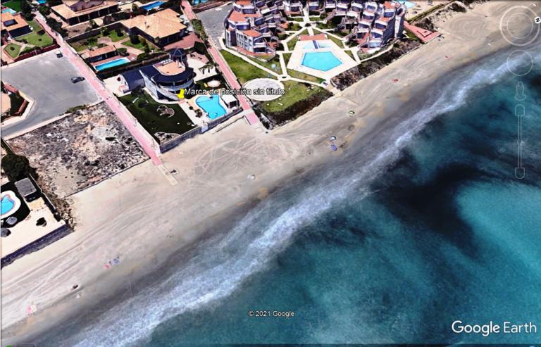 RV2322VG : Вилла в Ла Манге на первой линии моря
