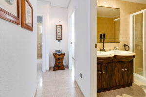 Продажа квартиры в провинции Costa Blanca South, Испания: 3 спальни, 92 м2, № RV5525GL-D – фото 10