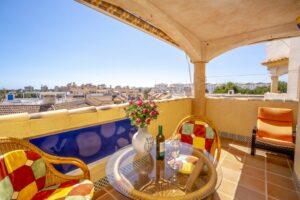 Продажа квартиры в провинции Costa Blanca South, Испания: 2 спальни, 90 м2, № RV1123UR – фото 1