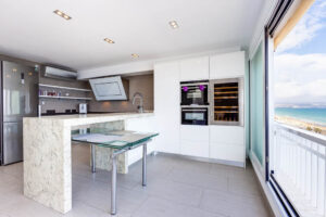 Продажа квартиры в провинции Costa Blanca North, Испания: 2 спальни, 70 м2, № RV2268QU – фото 10