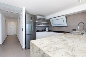 Продажа квартиры в провинции Costa Blanca North, Испания: 2 спальни, 70 м2, № RV2268QU – фото 12