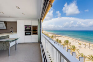 Продажа квартиры в провинции Costa Blanca North, Испания: 2 спальни, 70 м2, № RV2268QU – фото 2