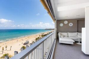 Продажа квартиры в провинции Costa Blanca North, Испания: 2 спальни, 70 м2, № RV2268QU – фото 1