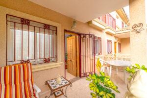 Продажа таунхаус в провинции Costa Blanca South, Испания: 3 спальни, 86 м2, № RV2638BE – фото 1