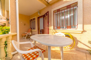 Продажа таунхаус в провинции Costa Blanca South, Испания: 3 спальни, 86 м2, № RV2638BE – фото 2
