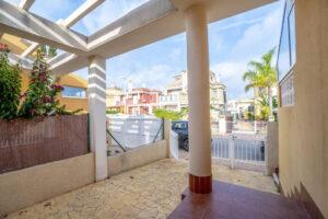 Продажа бунгало в провинции Costa Blanca South, Испания: 3 спальни, 84 м2, № RV3265UR – фото 20