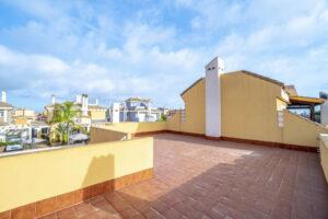 Продажа бунгало в провинции Costa Blanca South, Испания: 3 спальни, 84 м2, № RV3265UR – фото 25