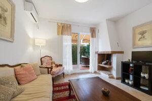 Продажа бунгало в провинции Costa Blanca South, Испания: 3 спальни, 84 м2, № RV3265UR – фото 1