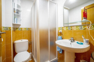 Продажа квартиры в провинции Costa Blanca South, Испания: 2 спальни, 80 м2, № RV3276UR – фото 13