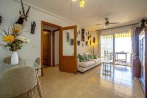 Продажа квартиры в провинции Costa Blanca South, Испания: 2 спальни, 80 м2, № RV3276UR – фото 2
