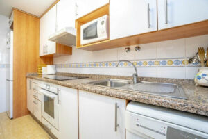 Продажа квартиры в провинции Costa Blanca South, Испания: 2 спальни, 80 м2, № RV3276UR – фото 20