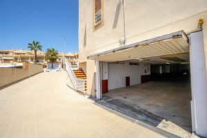 Продажа квартиры в провинции Costa Blanca South, Испания: 2 спальни, 80 м2, № RV3276UR – фото 21