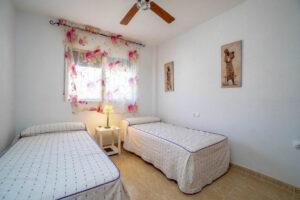 Продажа квартиры в провинции Costa Blanca South, Испания: 2 спальни, 80 м2, № RV3276UR – фото 9