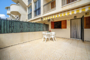Продажа квартиры в провинции Costa Blanca South, Испания: 2 спальни, 51 м2, № RV3279UR – фото 15
