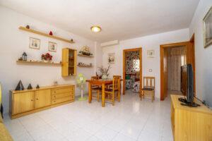 Продажа квартиры в провинции Costa Blanca South, Испания: 2 спальни, 51 м2, № RV3279UR – фото 2