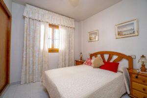 Продажа квартиры в провинции Costa Blanca South, Испания: 2 спальни, 51 м2, № RV3279UR – фото 6