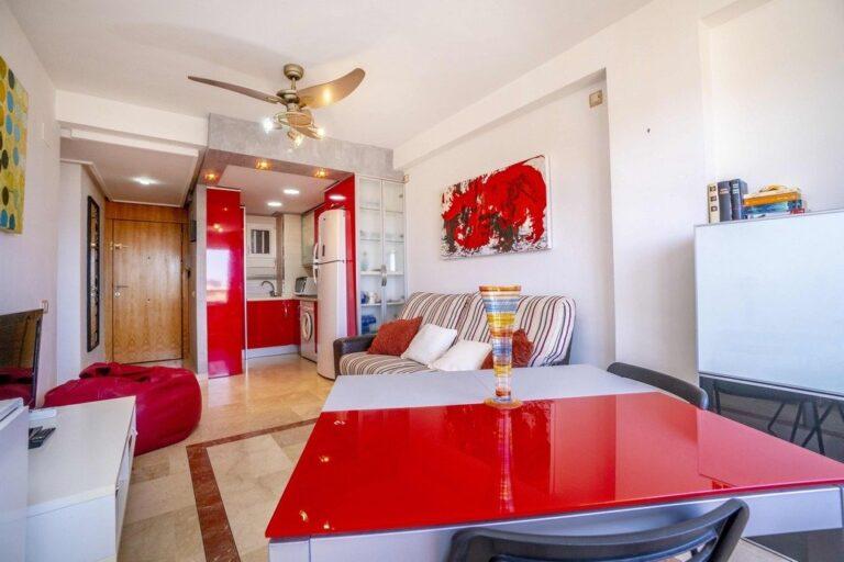 RV3280UR : Современная квартира рядом с пляжем в Кампоаморе