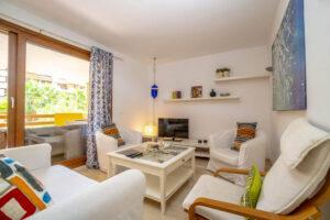 Продажа в провинции Costa Blanca South, Испания: 2 спальни, 76 м2, № RV3264UR – фото 1