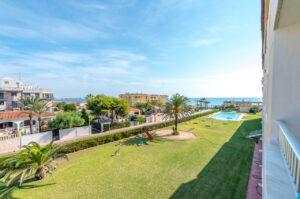 Продажа квартиры в провинции Costa Blanca South, Испания: 2 спальни, 67 м2, № RV3763BE – фото 5