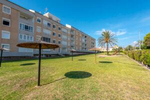 Продажа квартиры в провинции Costa Blanca South, Испания: 2 спальни, 67 м2, № RV3763BE – фото 3