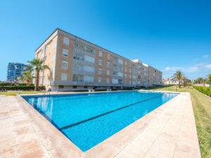 Продажа квартиры в провинции Costa Blanca South, Испания: 2 спальни, 67 м2, № RV3763BE – фото 2
