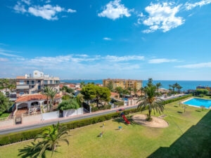 Продажа квартиры в провинции Costa Blanca South, Испания: 2 спальни, 67 м2, № RV3763BE – фото 1