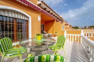 Продажа бунгало в провинции Costa Blanca South, Испания: 2 спальни, 58.6 м2, № RV0712KP – фото 1