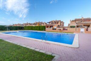 Продажа бунгало в провинции Costa Blanca South, Испания: 2 спальни, 58.6 м2, № RV0712KP – фото 2