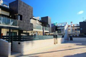Продажа таунхаус в провинции Costa Blanca South, Испания: 3 спальни, 201 м2, № RV3666AL – фото 12