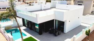 Продажа виллы в провинции Costa Blanca South, Испания: 3 спальни, 110 м2, № NC0338AV – фото 1